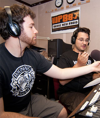 wpsc dj's in studio